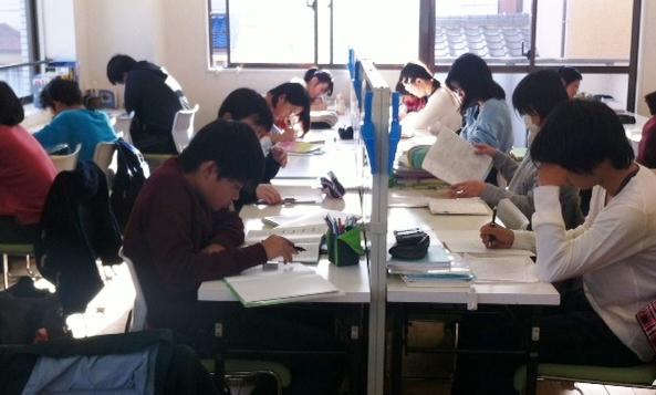 【弥生台 緑園都市】私立中高生・中学受験生の弱点補強は個別指導学習塾セレッソ